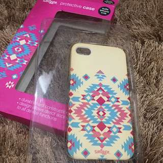IPHONE 4 CASE SMIGGLE