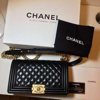 現貨Chanel Boy 羊皮黑色金鏈 25 Medium