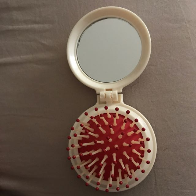 2-in-1 Mirror And Hair Brush