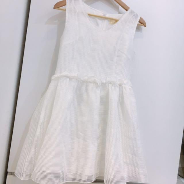 白色澎澎洋裝