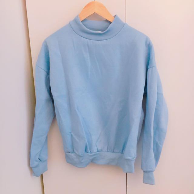 二手衣服出清藍色上衣