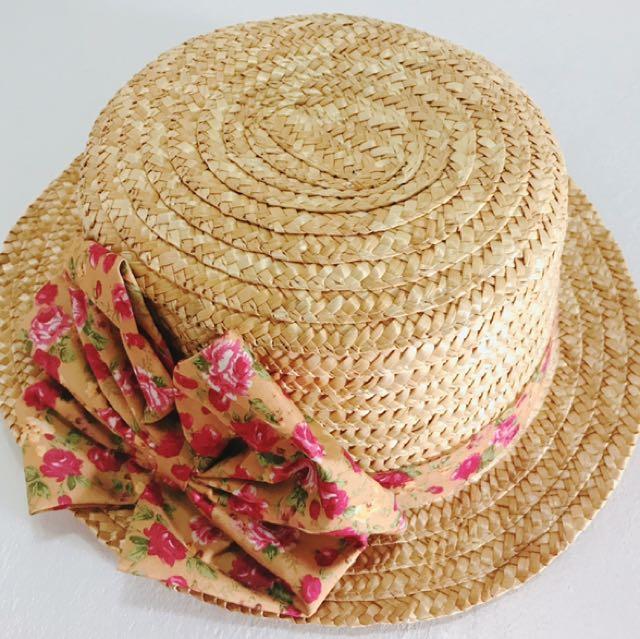 夏天草帽女孩必備