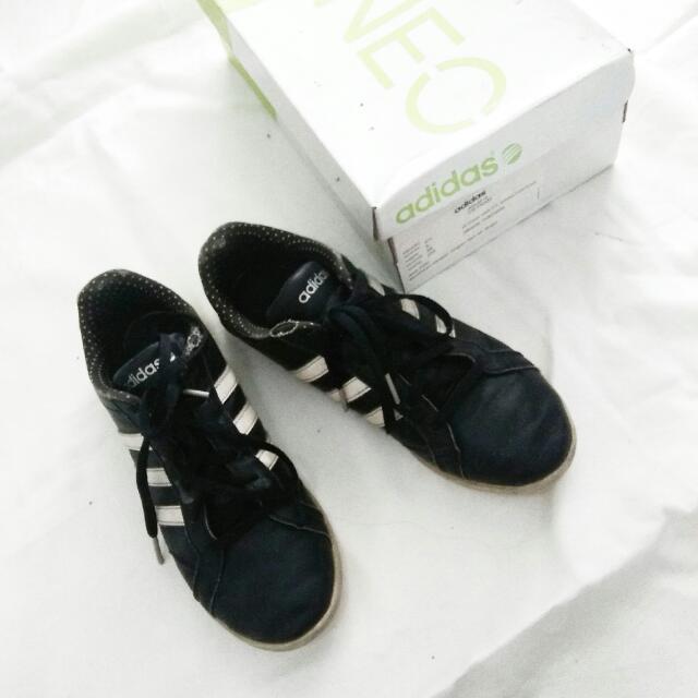 Adidas NEO original Size 37