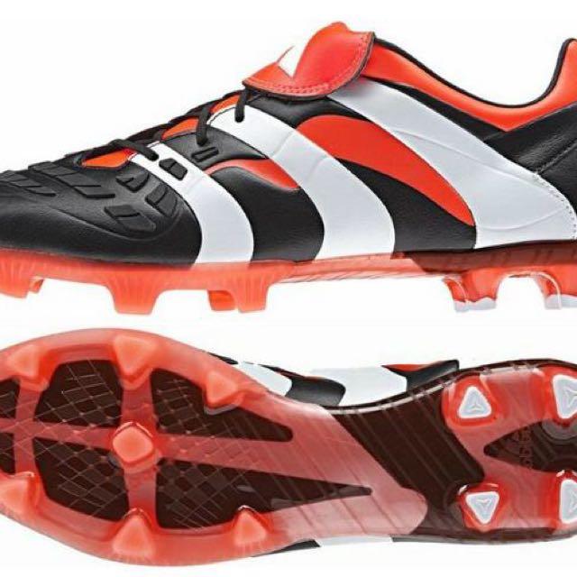 247d5a8c7 Authentic Adidas Predator Accelerator Remake US 9   UK 8.5