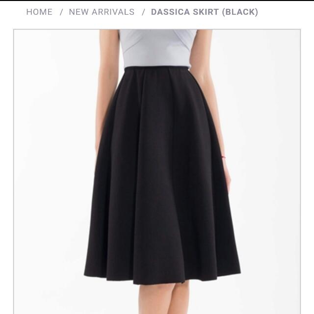 BNWT Doublewoot Dassica Skirt (Black)