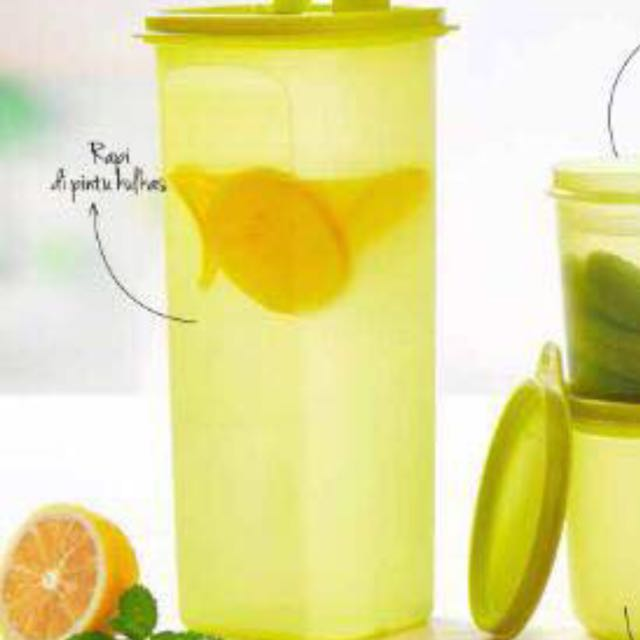 Botol Tupperware 2 L
