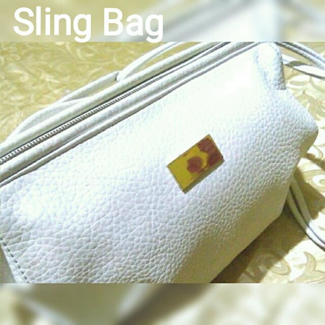 Celebrity White Sling Bag