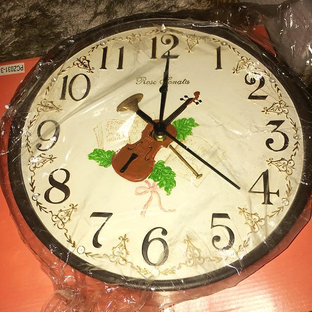 English Classic Wall Clock