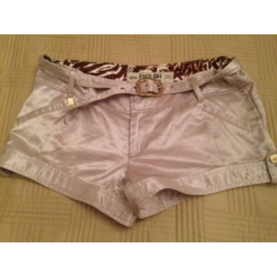 Glam cream shorts