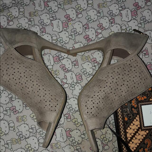 Heels By Payless