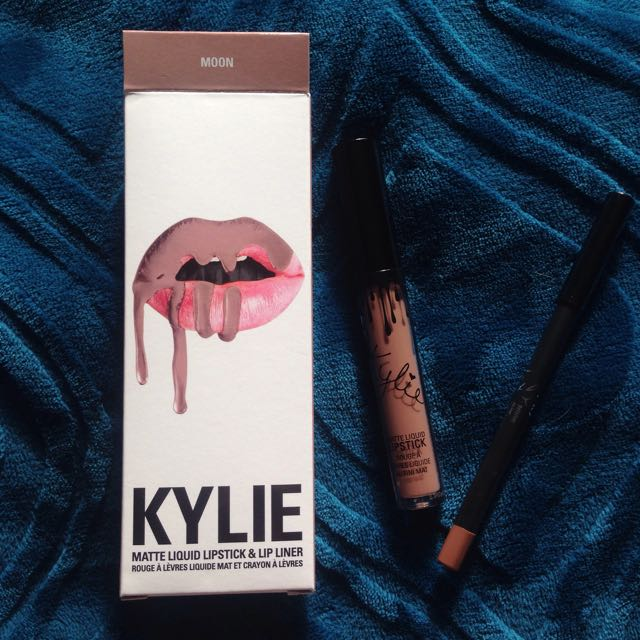 Authentic Kylie Lip Kit