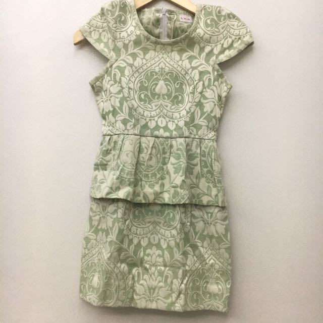 DISKON 50% Light Green Peplum Dress