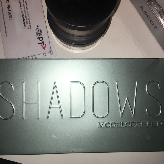 Models Prefer Shadows Palettes
