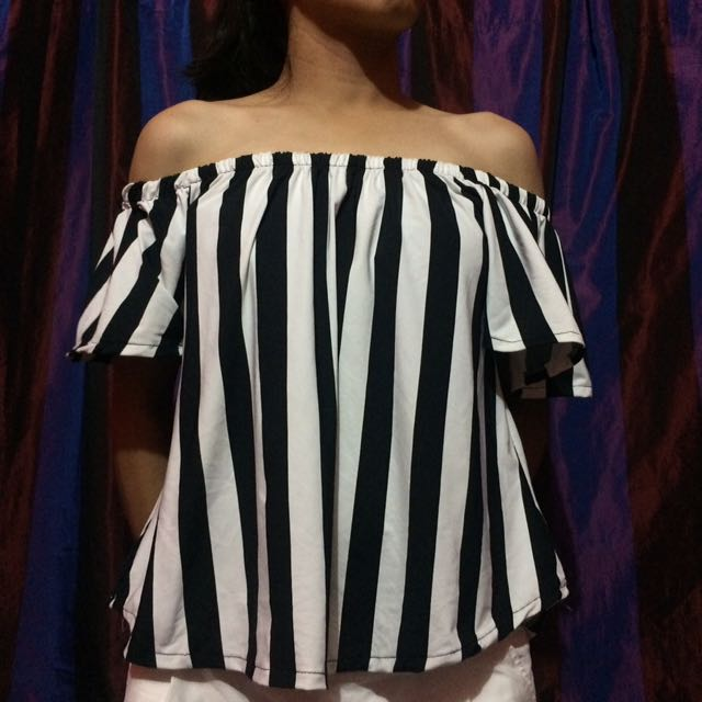 Off-shoulder Stripes