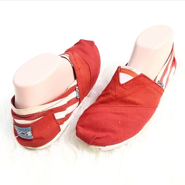 Red Toms Size 38