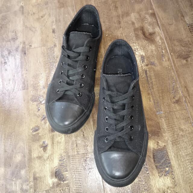 Rubi (eu40) Lace Up Converse Shoes