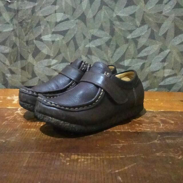 Sepatu Anak Semi Boot Kulit MONTAGUT.