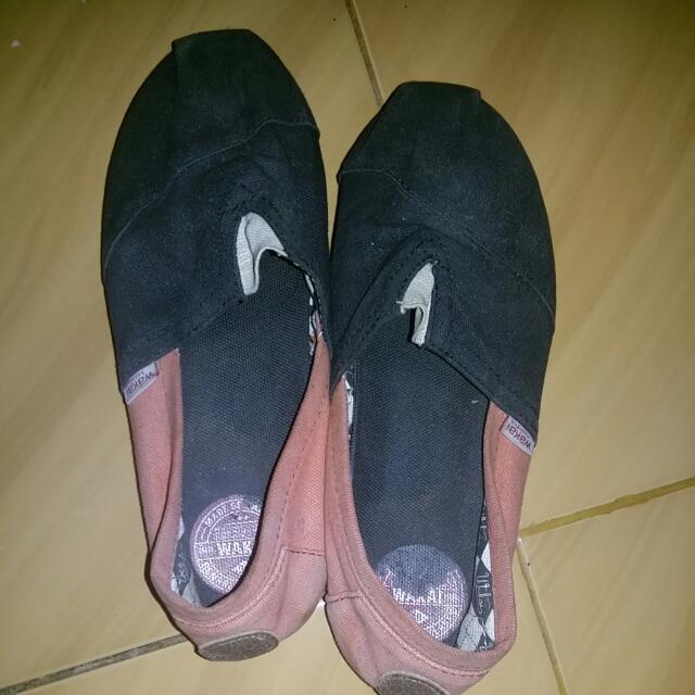Sepatu Wakai Kondisi Seadanya