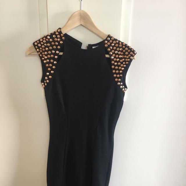 Size 8 Black Dress With Shoulder Detail