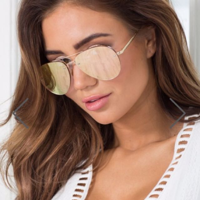 Stare Down Sunglasses In rose Gold- From Show PO