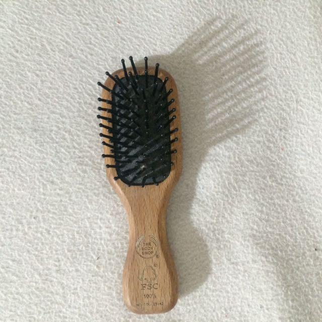 The Body Shop Mini Comb