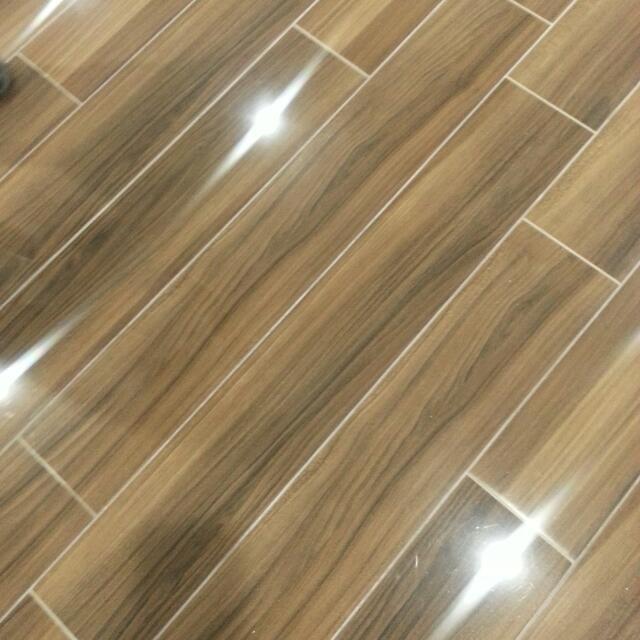 Timber-look floor tiles