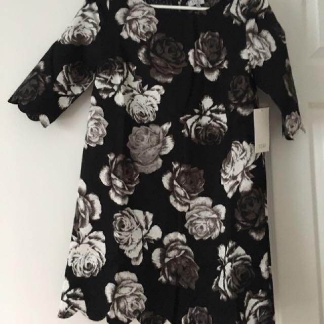 PRICEDROP Tobi Dress $15 Size S