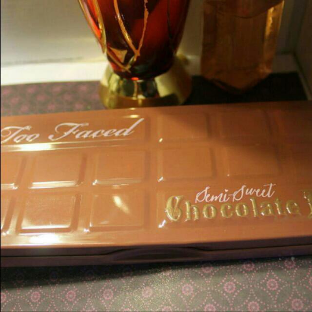 Too Faced Semi-sweet Chocolate Bar