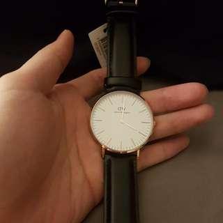 dw手錶正品一隻 dw錶 dw手錶