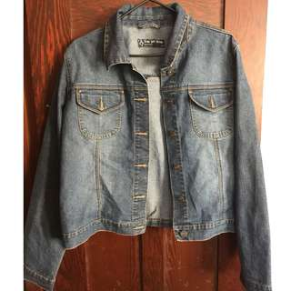 Jean jacket #thecafe