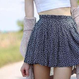 Brandy Melville - Floral Heather Skirt