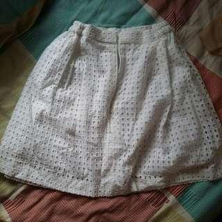 Rok Celana Putih