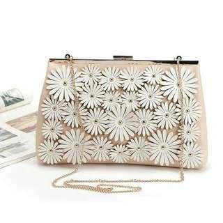 👜 Original New Look Daisy Sling Bag 👜