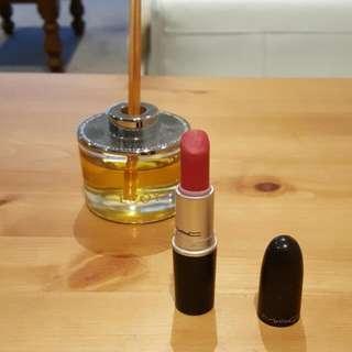 MAC Lustre Lipstick In Lustering