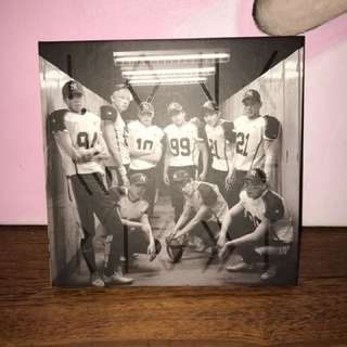 EXO 'Love Me Right' Repackaged Album