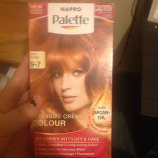 Hair Colour BRAND NEW.. Paid $15 Selling For  $5