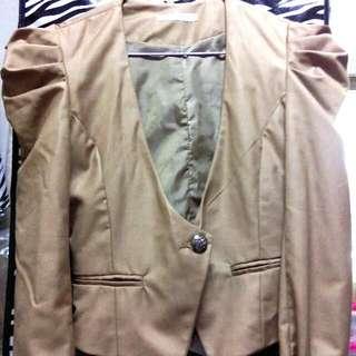 短版荷葉袖肩OL小外套褐色