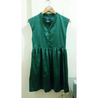 Silk Green Dress #springcleaning