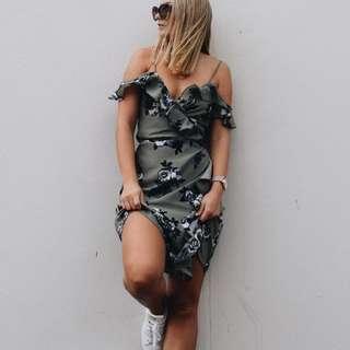 NA-KD Fashion Wrap Floral Dress