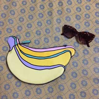 MONKI Banana Clutch Bag