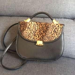 美國品牌 豹紋皮革 側背手提包
