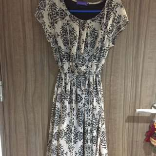 Arithalia Semi Batik Dress