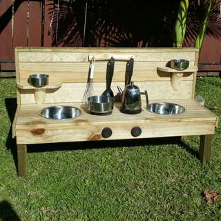 INFANTS / TODDLERS MUD KITCHEN