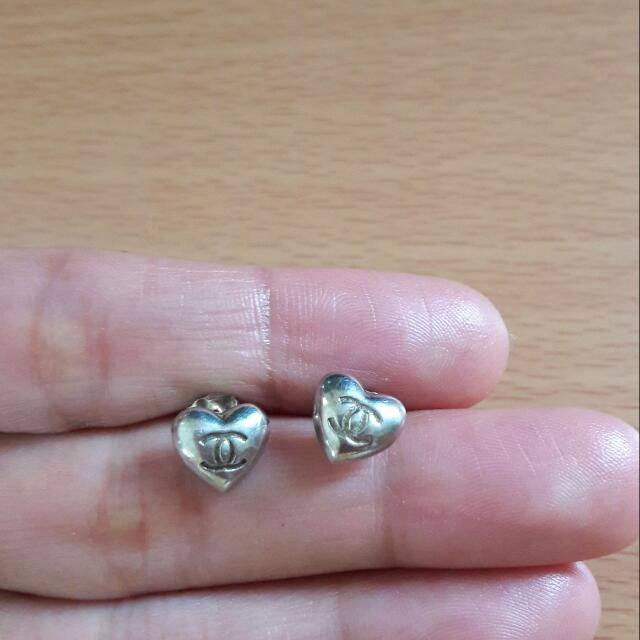 92.5 Silver  Heart Earring Bought In Just Gift
