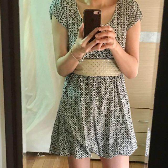 韓版洞洞洋裝