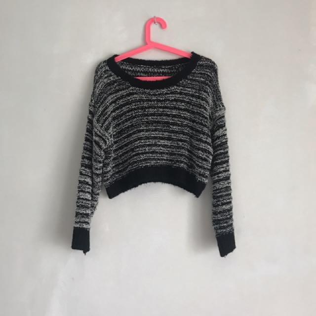 短版混色針織上衣 毛衣