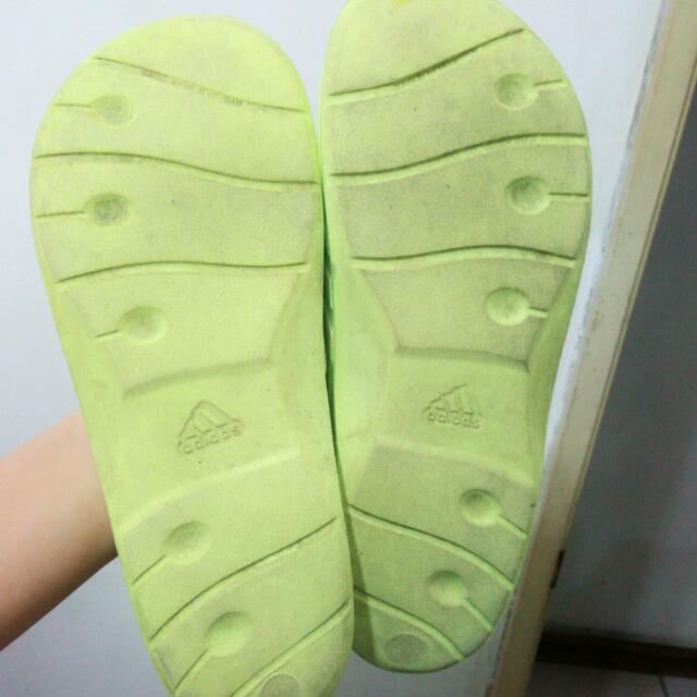 Adidas防水拖鞋 淺黃色 24cm