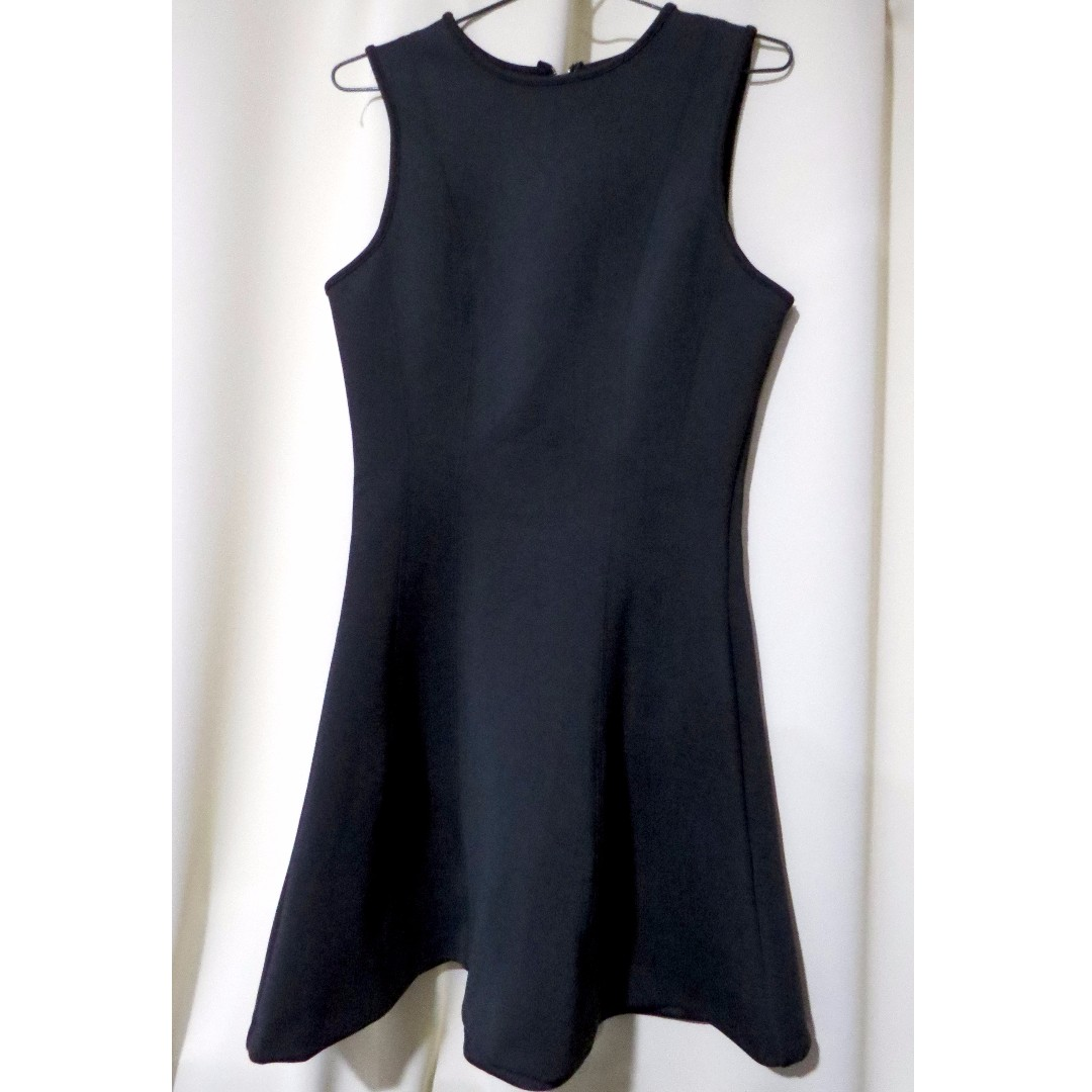 Authentic Brand New Tokito US designer plain black sleeveless dress (#62)