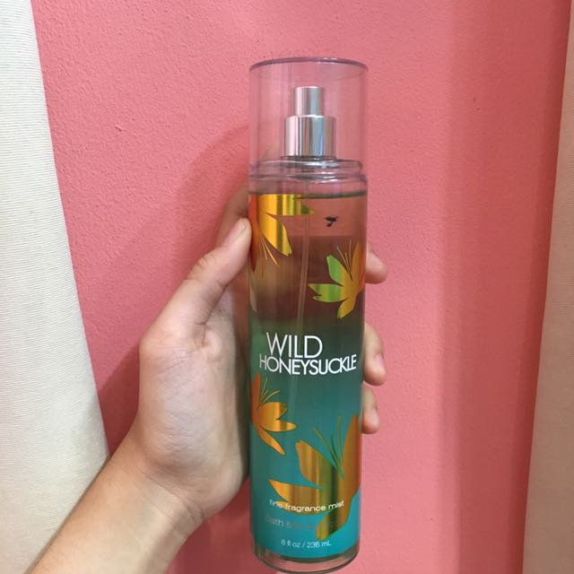 Bath And Bodyworks Mist Wild Honeysuckle 236ml