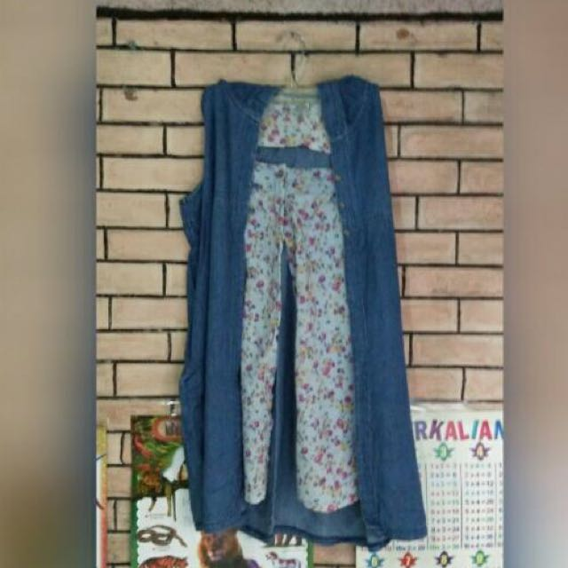 Blouse Flowers Jeans